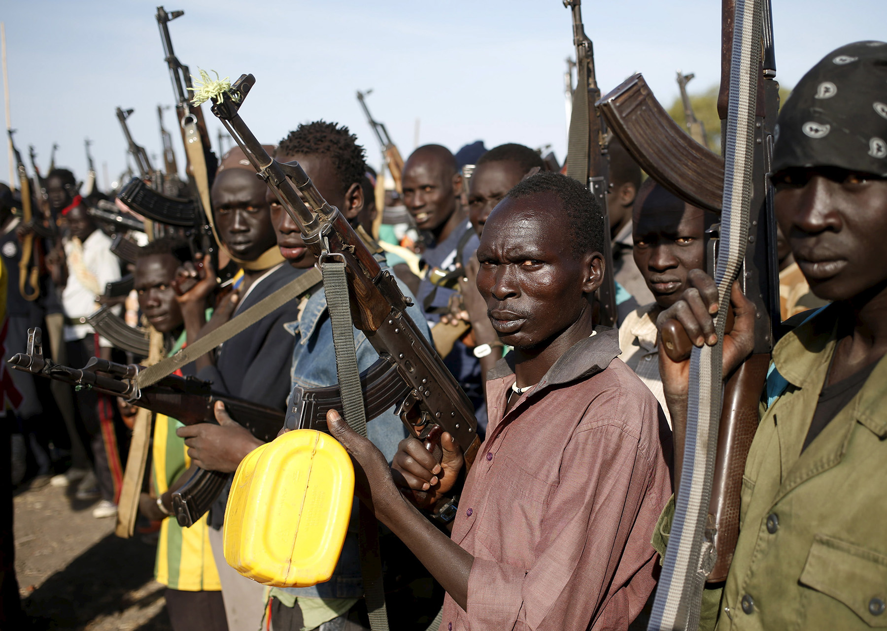 Jikany Nuer White Army fighters holds their weapons in Upper Nile State